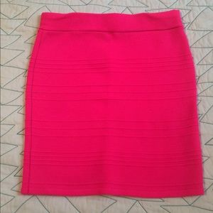 Hot pink pencil skirt ✨5 for $25